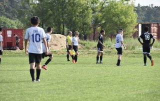 Our 2004 boys consist of 10- 2005 players challenging their quick ball movement with physical players.